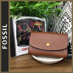 NWT! [ FOSSIL ] Brown Leather Wallet w/ Keychain